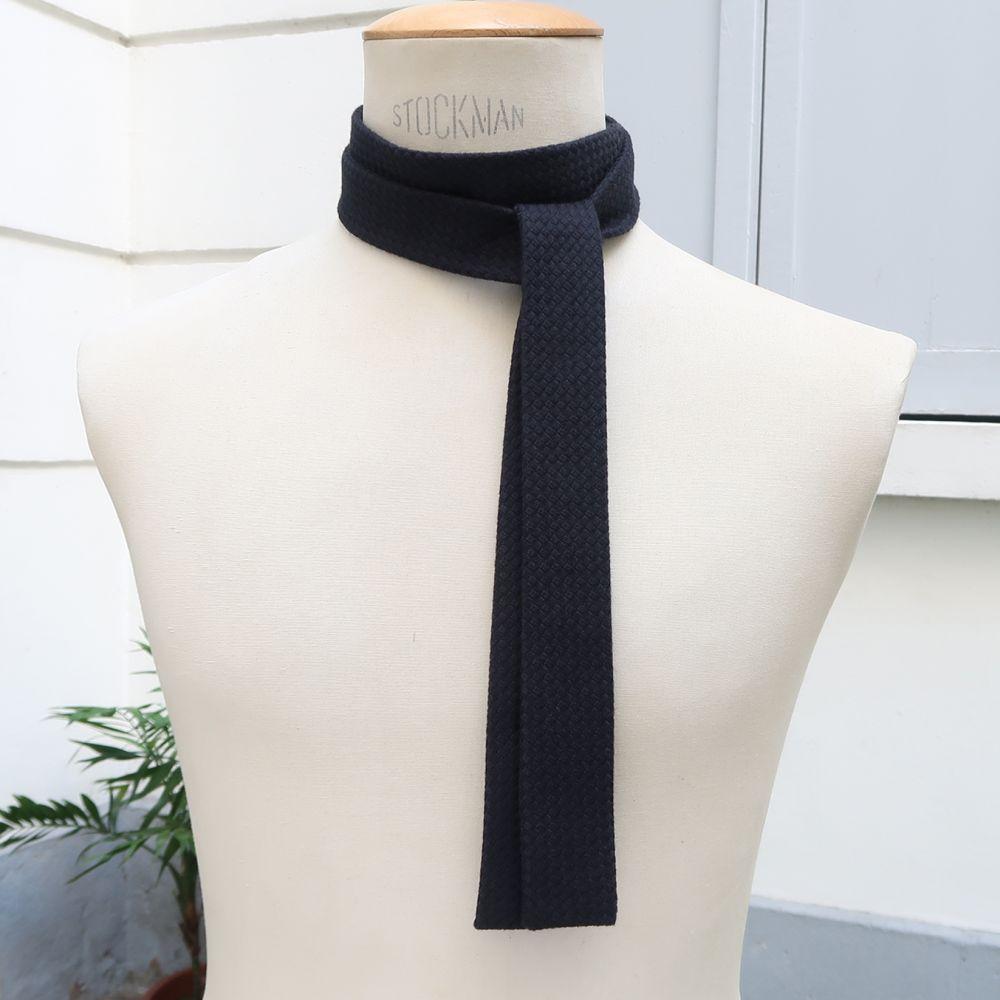 Cravate Twill de coton bio structré, Fait Main à Paris