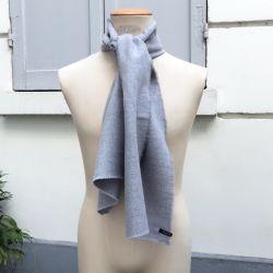 Le foulard Dots en Laine & Soie