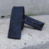 オーガニックインディゴジーンズネクタイはパリで手作り