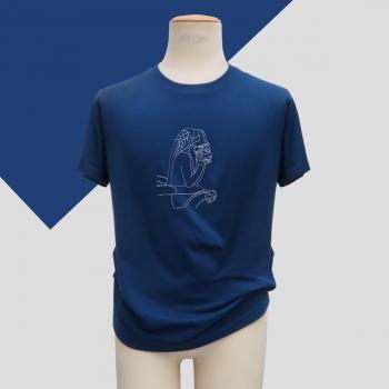 t-shirt marine made in france coton biologique Gots avec le Stryge de Notre Dame brodé au fil blanc