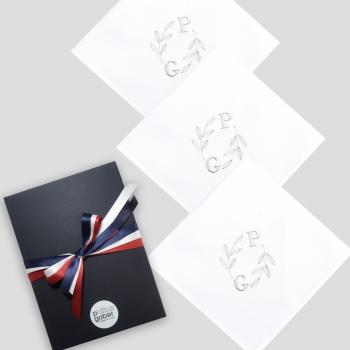 Mouchoirs français en coton biologique GOTS personnalisés broderie initiales et fabriqués à Paris par PhilippeGaber