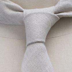 cravate luxe en lin naturel bio et Gots Fait Main à Paris philippegaber cravate éthique made in France ©philippegaber