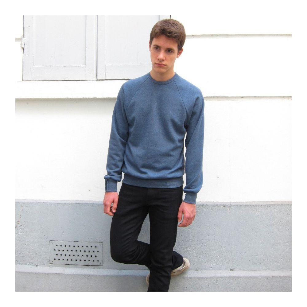 sweat-shirt de fabrication française en coton bio bleu certifié Gots sweatshirt éthique pour l'homme et la femme fabriqué à Pari