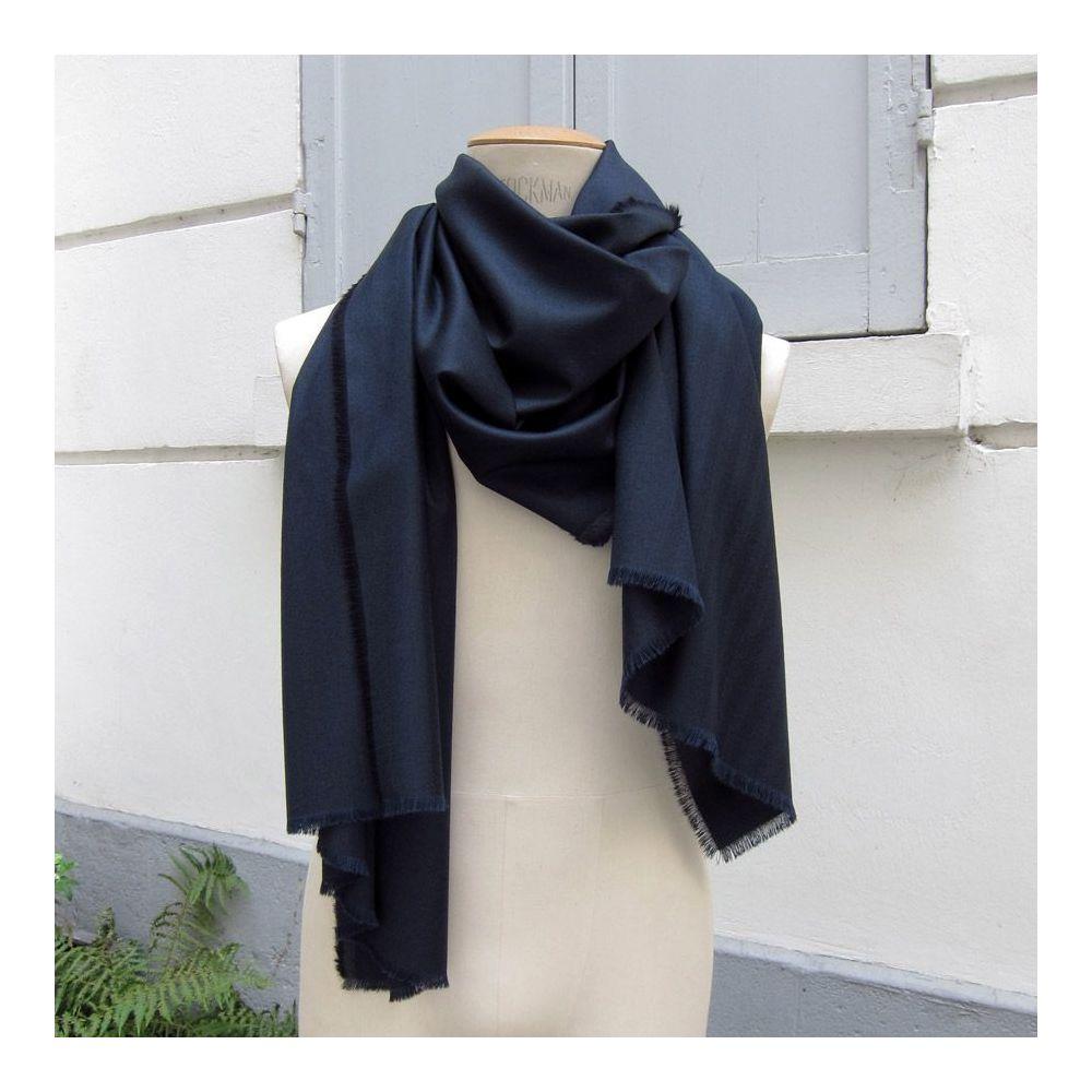 Navy Wool cashmere & Silk herringbone pattern scarf