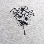 T-shirt bio & éthique fabriqué à Paris un T-shirt Homme & femme brodé au fil de soie et Made in France par Philippe Gaber
